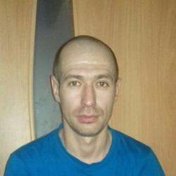 Молодой, красивый парень ищет девушку для секса в Сургуте