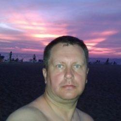 Симпатичный парень из Сургут, ищу девушку для регулярных встреч, исключительно для куни