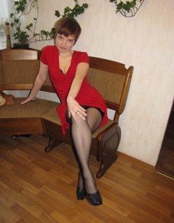 Молодая девушка желает подрочить симпатичному парню или мужчине в Сургуте