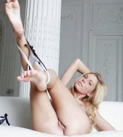 Страстная блондинка. Встречусь в Сургуте с мужчиной для секса!